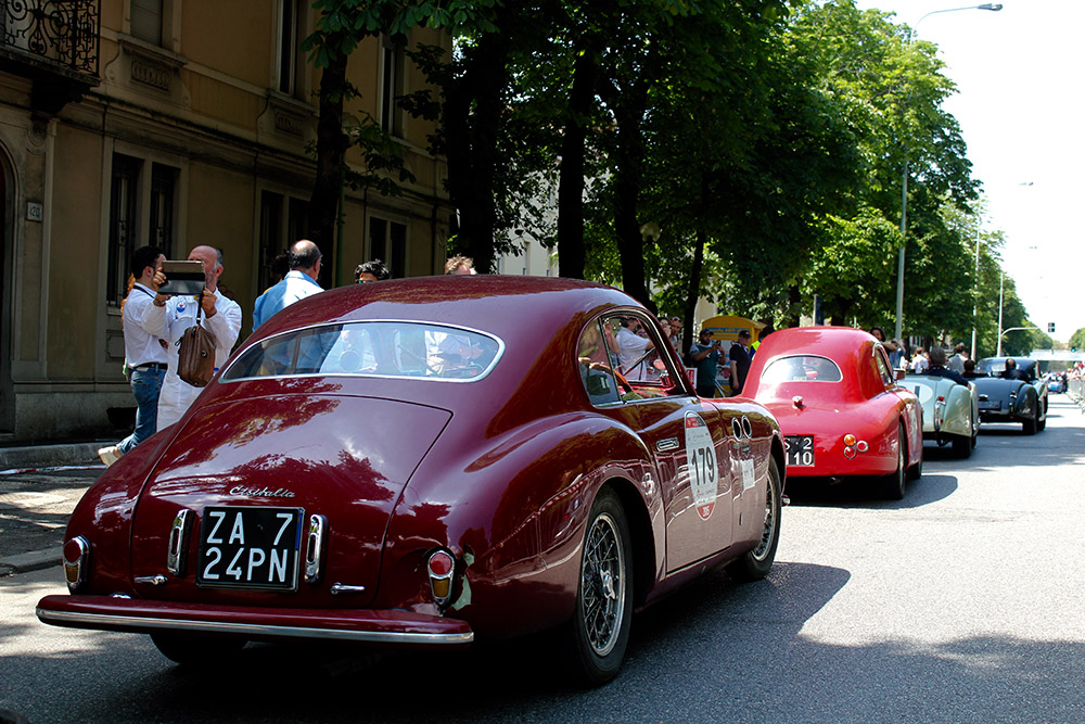 mille miglia 2015 in pictures. Black Bedroom Furniture Sets. Home Design Ideas