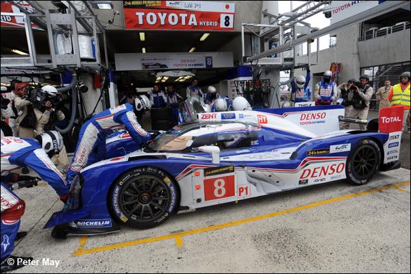 Le Mans 2013 Hour 3 02