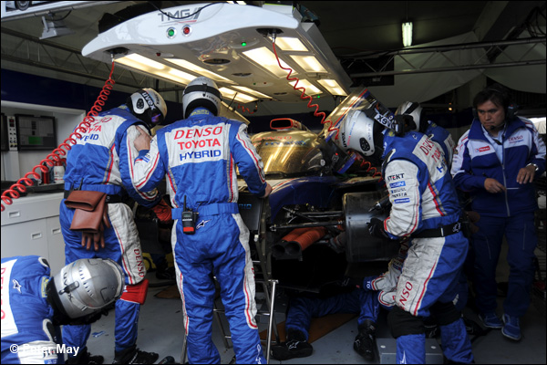 Le Mans 2013 Hours 23+24 01