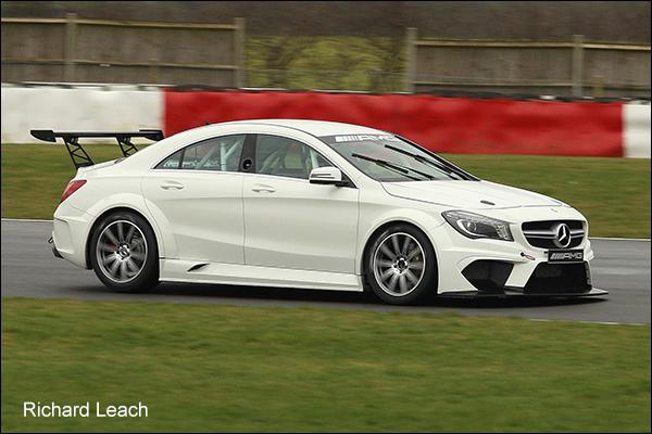 Mercedes-Snetterton-02