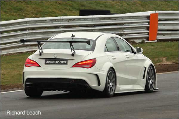 Mercedes-Snetterton-03