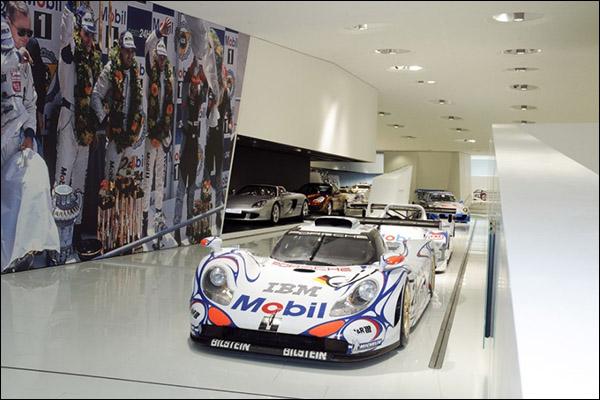 Porsche-Museum-003