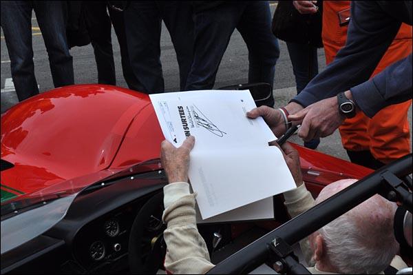 John Surtees and prototype Lola T70 CanAm Spyder   (3)