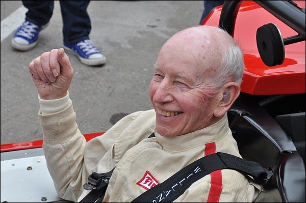 John Surtees and prototype Lola T70 CanAm Spyder   (4)