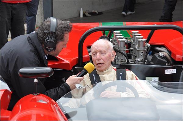 John Surtees and prototype Lola T70 CanAm Spyder   (5)
