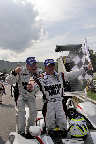Muscle-Milk-Pickett-Racing-07