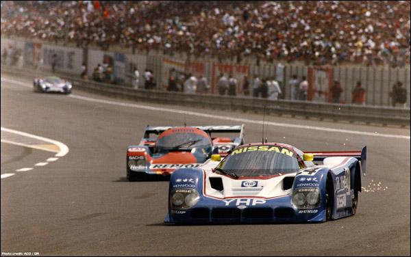 Nissan-1990-01