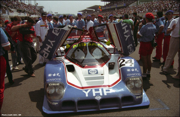 Nissan-1990-02