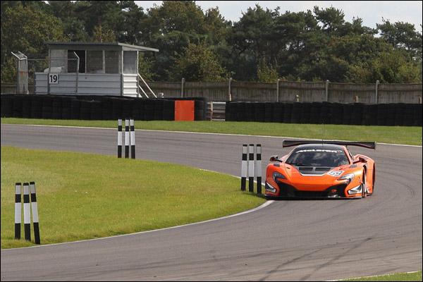 McLaren-650S-GT3-Snetterton-03