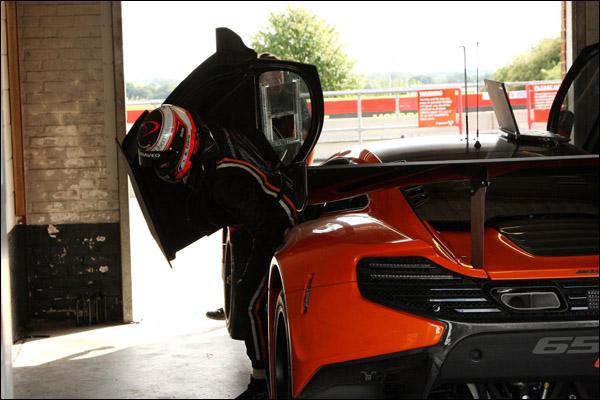 McLaren-650S-GT3-Snetterton-04
