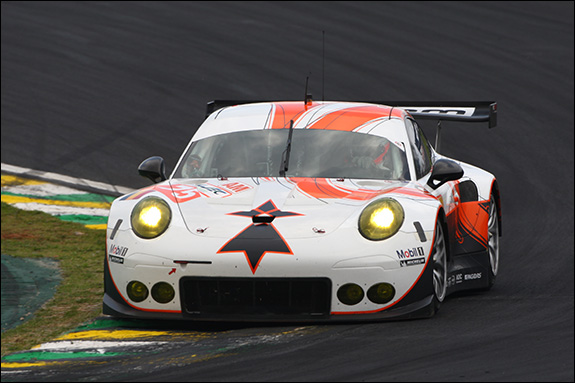 17th, #75, François Perrodo, Emmanuel Collard, Matthieu Vaxivière, Porsche 911 RSR