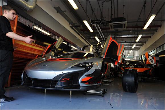 #60 McLaren GT, Peter Kox, Nico Pronk, Gilles Vannelet, McLaren 650S GT3