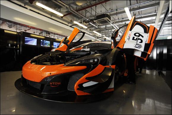 #59 McLaren GT, Alvaro Parente, Kevin Estre, Rob Bell, McLaren 650S GT3