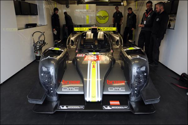 Le-Mans-Test-2015-Pit-Lane-02