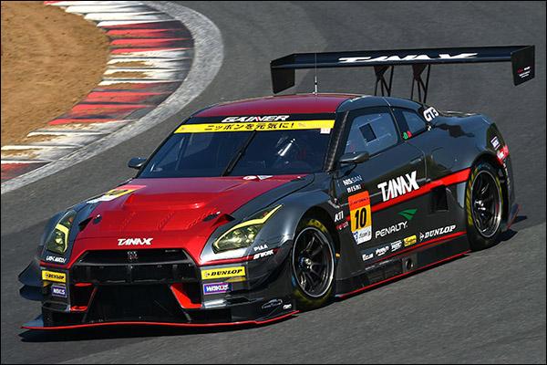 Super-GT-Fuji-500km-race-03