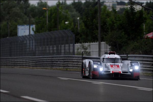 Audi-8-Le-Mans-Test