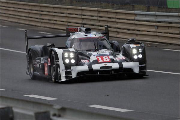 Le-Mans-Free-Practice-01