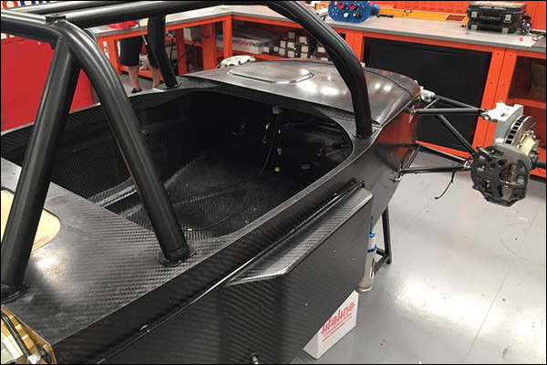 United-Autosport-Ginetta-In-Build-01