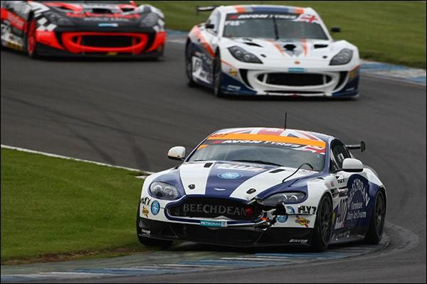 bgt-donington-Race-Gunn-Chadwick