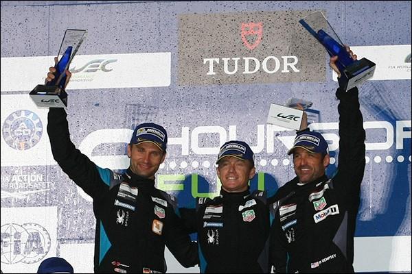 GT-Podium-Fuji-2015-Dempsey-Long