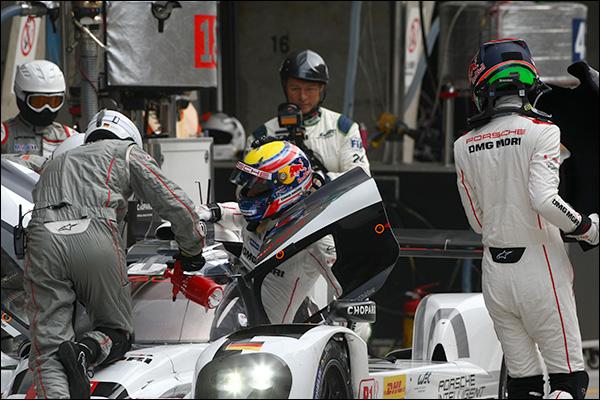 WEC-Shanghai-Free-3-Webber-Hartley