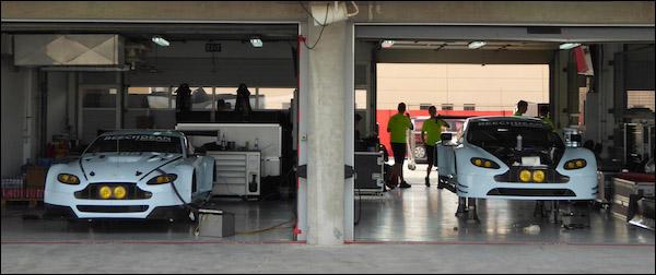 Aston-Martin-Dunlop-Tyre-Test-Bahrain-01