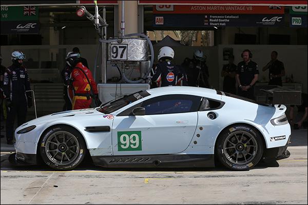 Aston-Martin-V8-Vantage-2015-01