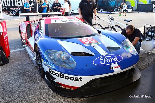 Daytona-Test-Ford-1