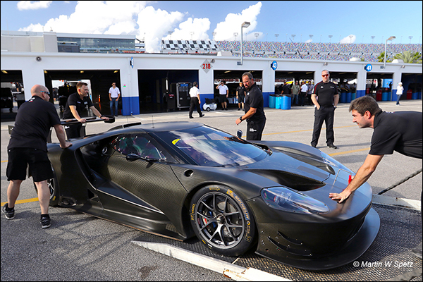 Daytona-Test-Ford-2