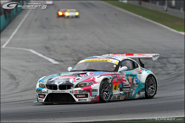 BMW-Z4-Team-Ukyo-2012