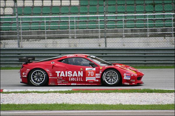 Ferrari-458-GTE-2013-8