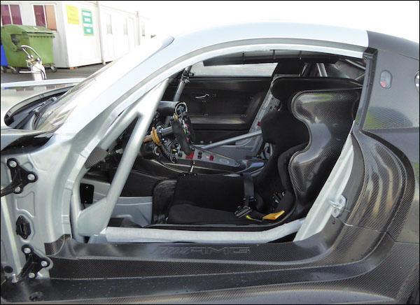 RAM Racing_AMG_GT3_08