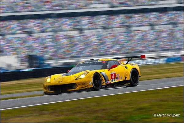 4-Corvette-Rolex-24-race-2