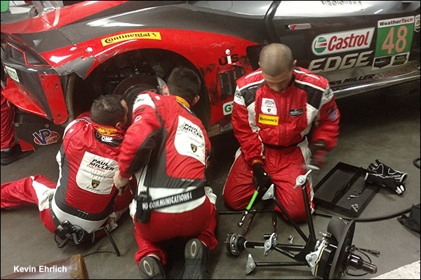 48-Paul-Miller-Racing-Rolex-24-pits