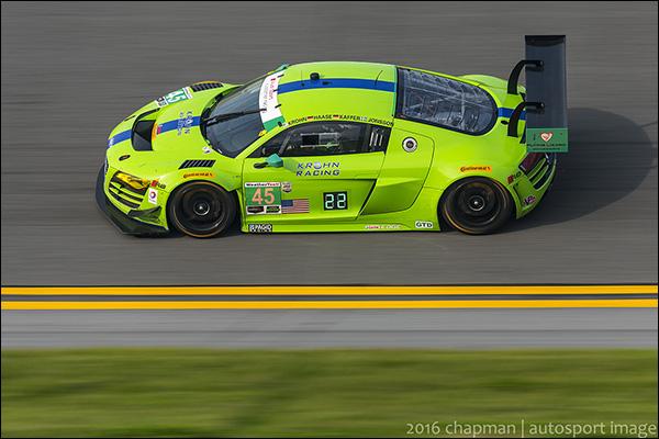 Flying-Lizard-Motorsports-2014-Audi-R8-LMS-3