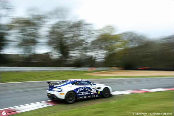 407-Beechdean-british-gt-brands-hatch