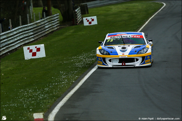 73-ginetta-british-gt-brands-hatch