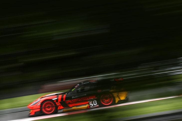 50-Optimum-Ginetta-BGT-Oulton-Park-2016-Race-1