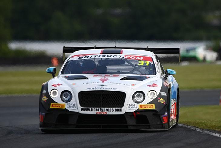 Team-Parker-Bentley-BGT-Oulton-Park-2016-Race-2