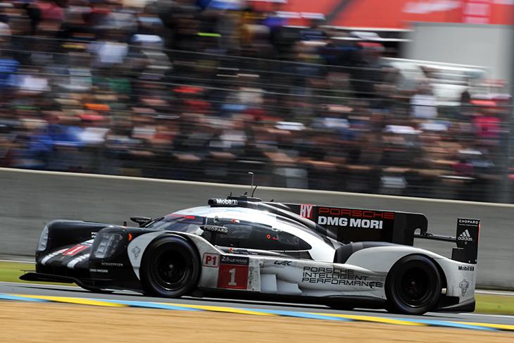 LM24_2016_Race_Porsche_1