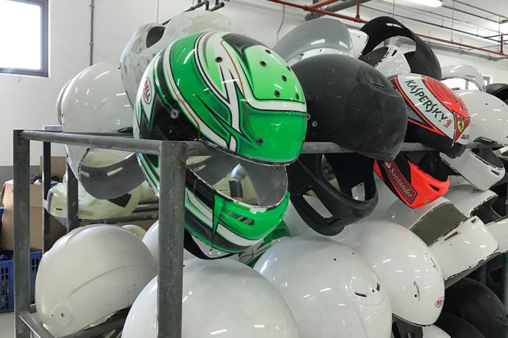 bell-helmets-bahrain-kimi