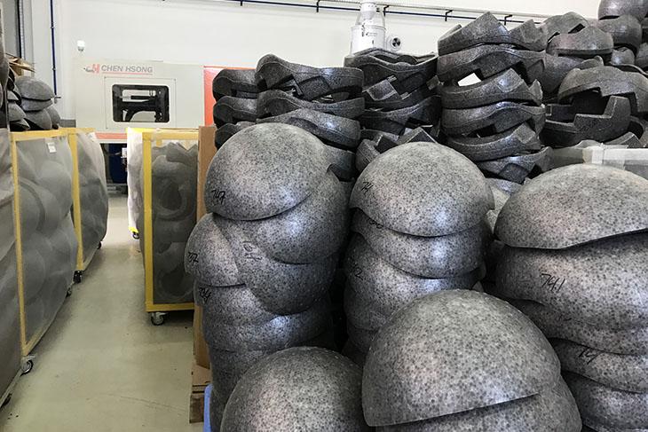 bell-helmets-bahrain-helmet-forms