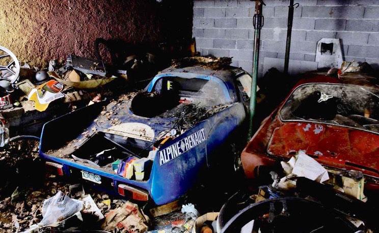 in-garage-alpine-auction