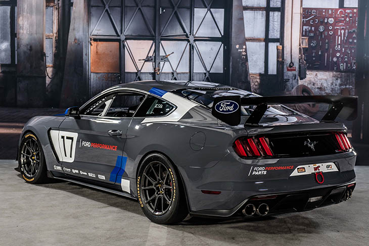 mustang-gt4-ford-performance_web-2