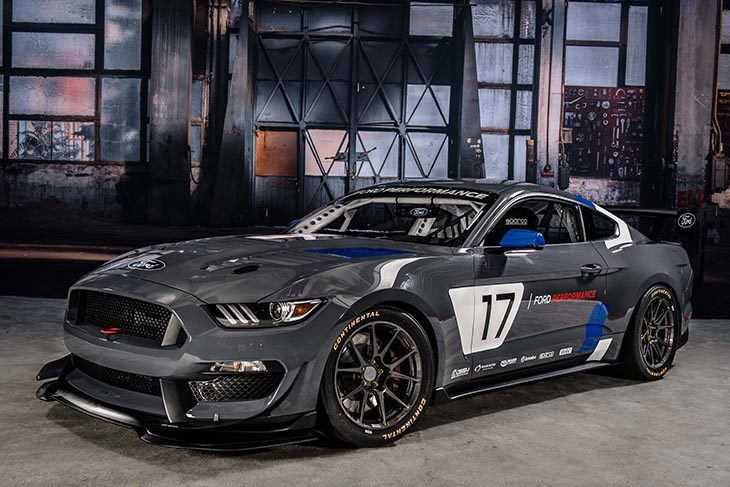 mustang-gt4-ford-performance_web-3
