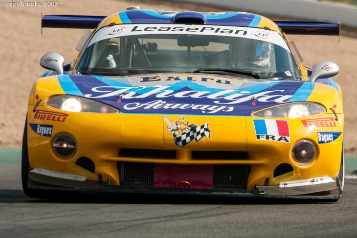 Viper-FIA-GT-Magny-Cours-2002
