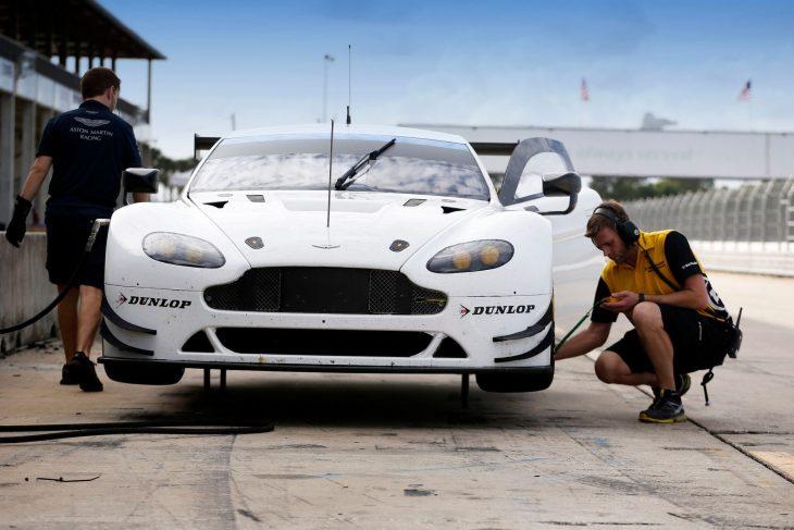 aston-martin-dunlop-tyre-test-2016-sebring-3