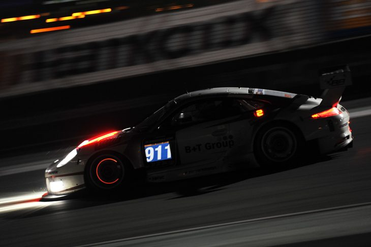 911-Herberth Porsche-Dubai-24-Hours-2017-Race-2