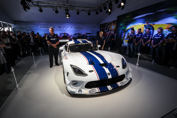 srt-viper-gt3-r-le-mans-unveil
