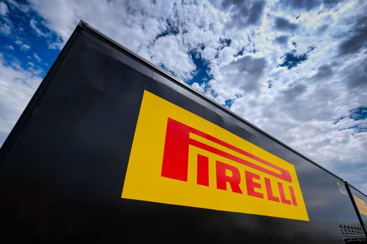 pirelli-branding-bathurst